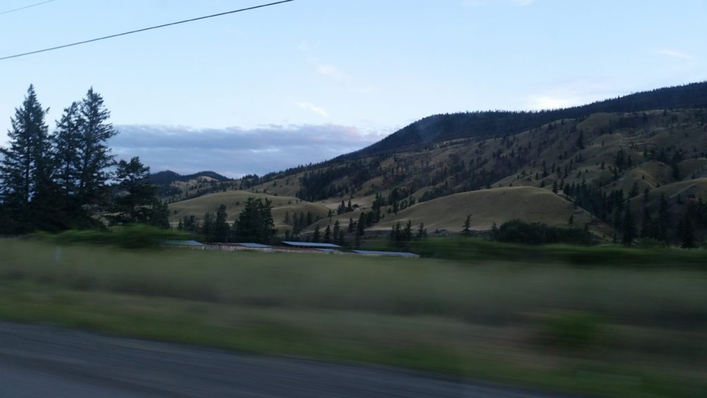 image of rolling hills and ranch in Chilcotin region of BC